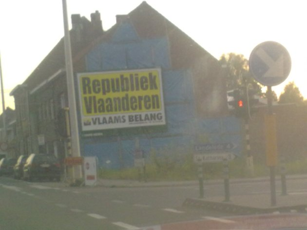 Extreme right political party in Belgium goes for continuity media buying approach in street advertising. Great idea in Belgium, a country where you have to vote every other day.